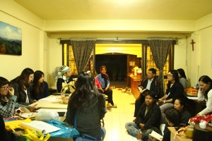 Church members came to sing carols at our house and fellowship over God's word, warm noodle soup and baked desserts.